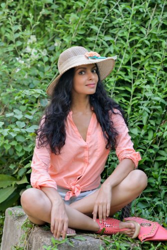 With #TheSholayGirl trending on Instagram, actor Bidita Bag is fast moving up the popularity charts for the Indian audience. In conversation